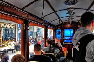 HDR Straßenbahn innen