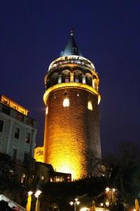 HDR Turm Nacht
