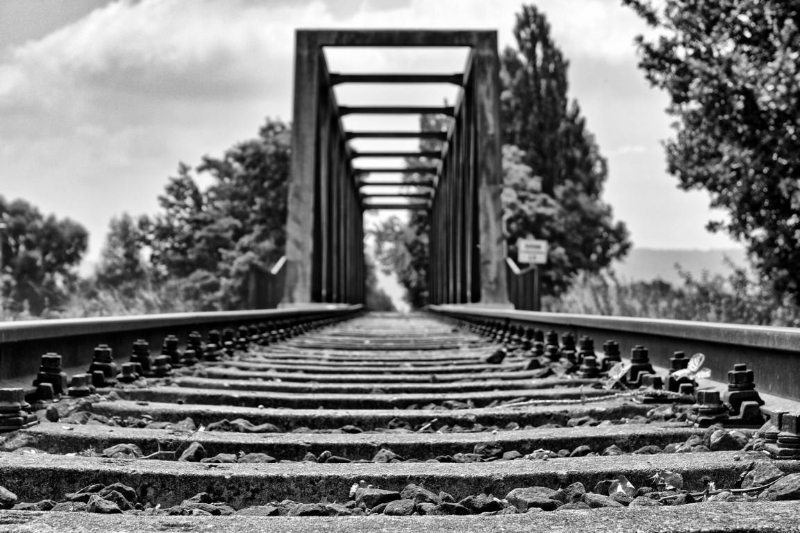 Bahnbrücke sw HDR